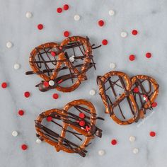 Whether you're looking for a lighter treat for your Valentine or just a sweet and salty snack for yourself, these Chocolate Drizzled Pretzels are for you! Super easy recipe and just 111 calories or 3 Weight Watchers Points per serving. www.emilybites.com
