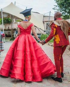 Traditional Wedding Attire, African Traditional Wedding, Traditional Outfits, African Wedding Attire, African Weddings, Groomsmen Outfits, African Print Fashion, African Prints, African Beauty