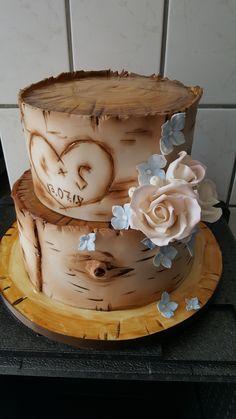Stunning Wood Cake Cake Weddingcake Decorativecake