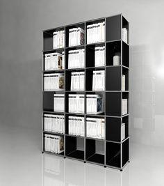 Grande bibliothèque USM Haller. Dimensions L/P/H : 1531/386/2176 mm. Modèle présenté en noir graphite.