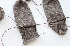 Knit Crochet, Stockings, Knitting, Crafts, Heels, Fashion, Socks, Heel, Moda