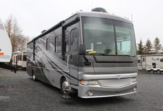 2007 Expedition 38V by Fleetwood | VR Earlton RV Electric Awning, Gas And Electric, Solar Panel Inverter, Radio Cd Player, Solid Wood Cabinets, Used Rvs, Fresh Water Tank, Roller Shades, 5th Wheels