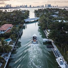 Venice canals in Miami @photosbyusher #venicecanals #miami
