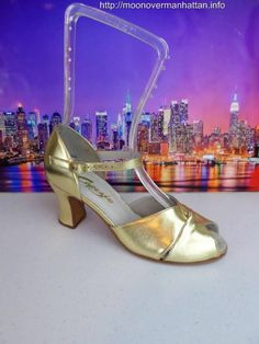 Womens shoes CAPEZIO CABARET $200 gold leather Dance Character Stage sz 7.5 M