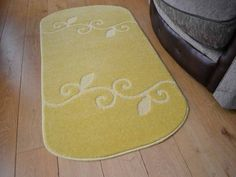 These yellow non shedding rugs are machine washable at 40 degrees which allows for easy maintenance. There non slip backing makes this rug ideal to be placed on all types of surfaces. Machine Washable Rugs, Florence, Yellow, Florence Italy