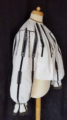 Folk Costume, Costumes, Anthropologie, Embroidery, Shirts, Clothes, Outfits, Needlepoint, Costume