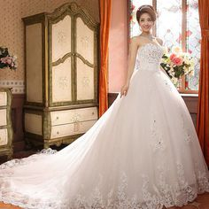 Court Train Sweetheart Sequined Bridal Gown Lace Edge Sexy Long Wedding Dress