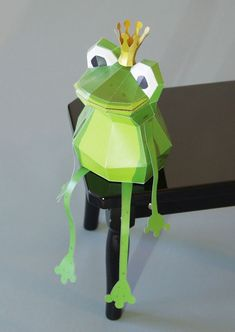 Geometric Paper Animal Sculptures By Wolfram Kampffmeyer