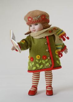 ©Mary Engelbreit Caroling Girl  2002 Robert Tonner DRESSED DOLL ME 1201 LE 1000 Originally Sold For $89.99