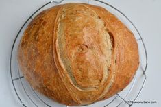 cum se face paine de casa reteta Pastry And Bakery, Home Food, Food Cakes, Cake Recipes, Sandwiches, Food And Drink, Healthy Recipes, Healthy Foods, Pizza