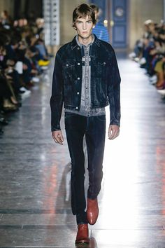 abf98c388d45 Givenchy SS18 - All The Men s Looks from Clare Waight Keller s Debut  Collection
