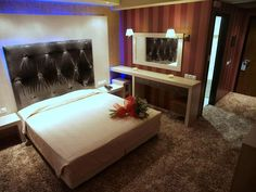 Χώροι Δεξιώσεων,Ν. Κοζάνης,Hotel Ioannou Resort www.gamosorganosi.gr Bed, Furniture, Home Decor, Decoration Home, Stream Bed, Room Decor, Home Furnishings, Beds, Home Interior Design