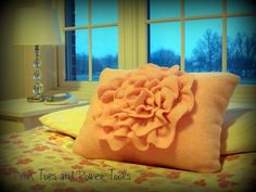 How to sew a Ruffle Flower Pillow