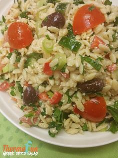 This Thermomix Greek Orzo Salad is done and dusted as your protein is grilling away. Put some shredded chicken with this salad and lunches are done! A perfe Greek Orzo Salad, Free Meal Plans, Shredded Chicken, Salad Bowls, Light Recipes, Cherry Tomatoes, Food Hacks, Meal Planning, Side Dishes