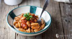 Oggi prepariamo insieme gli gnocchi di ceci al pomodoro, una ricetta semplice ma deliziosa!