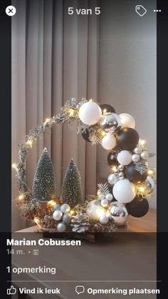 Xmas Crafts, Christmas Projects, Christmas Home, Christmas Holidays, Christmas Wreaths, Christmas Ornaments, Ramadan Decoration, Christmas Candle Decorations, Christmas Flower Arrangements