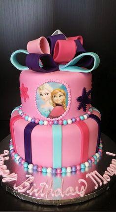 Elsa and Anna Pink Cake. www.GGCupcake.com