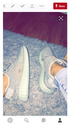 These yeezy are litty ✨✨