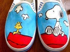 Peanuts' Snoopie Woodstock Shoes Painted by Angelika Albaladejo Vans-Gogh: Hand-Painted Shoes Painted Toms, Painted Canvas Shoes, Custom Painted Shoes, Painted Sneakers, Hand Painted Shoes, Custom Shoes, Custom Vans, Snoopy Shoes, Sharpie Shoes