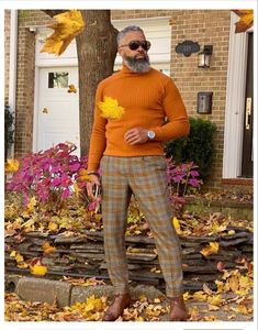 Well Dressed Men Over 50, Sharp Dressed Man, Older Mens Fashion, Gq Fashion, Fashion Ideas, Country Casual, Elegant Man, Outfit Trends, Dapper Men