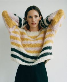 XS-S-M. Made-to-order Versatile. Casual look. Lala Berlin, Oversized Pullover, Baby Knitting, Knitted Baby, Poncho Sweater, Big Sweater, Alpaca Wool, Easy Wear, Long Sweaters
