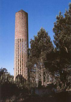 Water Tower - located a few miles from Dieste's Iglesia de Cristo Obrero y Nuestra Señora de Lourdes Estación Atlántida Uruguay - Eladio Dieste