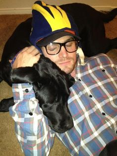 Stephen Amell and friend.. oohemmjee... so cute!!!