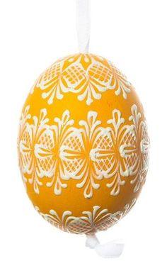 Marie Hrobařová - Reliéfní kraslice slepičí 10 Design Crafts, Decor Crafts, Diy And Crafts, Egg Shell Art, Carved Eggs, Easter Egg Designs, Faberge Eggs, Egg Art, Coconut Shell