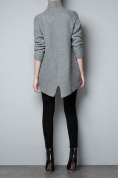 Jumper with open back, by Zara