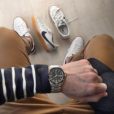 Diver watch ⌚ and gum sole decisions #humpday Watch: @hamiltonwatch Seaview  Day