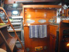 Bettie del Mar: For Sale: Cascade 36