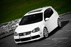 VW R32 Golf Gti 5, Vw R32, Big Lake, Car Car, Volkswagen Golf, Motorbikes, Golf Clubs, Automobile, Old Things