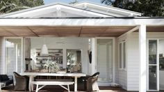 Homelife - Get The Look: 7 Shortcuts To Relaxed, Beachy Style