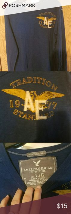 Long sleeve blue AE men's shirt Vintage fit AE long sleeved t-shirt for men. In very good used condition, no flaws at all. Very nice shirt! American Eagle Outfitters Shirts Tees - Long Sleeve