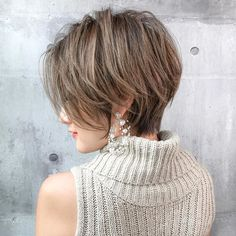 Pin on Short hairstyles Pin on Short hairstyles Very Short Hair, Short Wavy Hair, Long Pixie, Short Hair Styles, Blonde Asian, Love Hair, Diy Hairstyles, Hair Inspo, New Hair