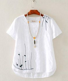 Simple Shirts Embroidered Clothes Linen Dresses Diy Clothes Sewing Clothes Clothes For Women Needle And Thread Hand Embroidery Blouse Dress Embroidery On Clothes, Embroidered Clothes, Great Gatsby Outfits, Mode Hippie, Diy Vetement, Dressy Tops, Mode Hijab, Linen Dresses, Short Sleeve Blouse