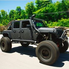 It has Cummins and its a Jeep. Wrangler Jeep, Jeep Wrangler Unlimited, Jeep 4x4, Jeep Truck, Truck Camper, Jeep Images, Badass Jeep, Jeep Mods, Car Mods