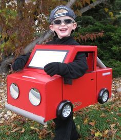 You can make this adorable car Halloween costume with some ...