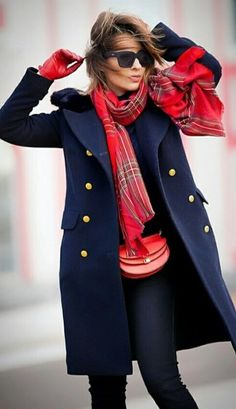 marine + militaire + manteau + tenue - marine + militaire + manteau + tenue The Effective Pictures We Offer You About diy projects A qual - Fall Winter Outfits, Winter Fashion, Navy Coat, Casual Outfits, Fashion Outfits, Cheap Fashion, Blue Coats, Women's Coats, Coats For Women