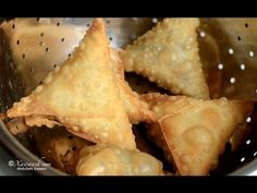 Samosa Pastry (Burka Sambuuska) Pâte à Samosa عجينة السمبوسه - YouTube