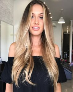 87 unique ombre hair color ideas to rock in 2018 - Hairstyles Trends Summer Hairstyles, Messy Hairstyles, Pretty Hairstyles, Stylish Hairstyles, Natural Wavy Hair, Natural Hair Styles, Long Hair Styles, Hair Colorful, Corte Y Color