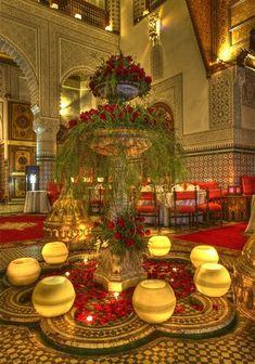 Palais Gharnata, Restaurant et cuisine marocaine, Salon mezzanine, salle royale et salle VIP Marrakech Maroc