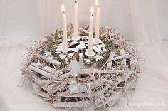 Adventskranz - Adventskranz Weiß Shabby Chic - ein Designerstück von Wohngeschichten-von-K- bei DaWanda
