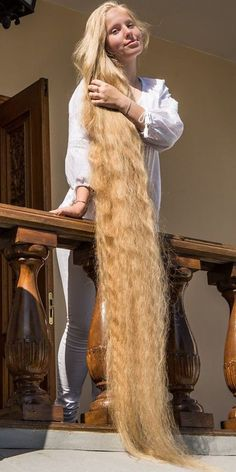 Very Long Hair, Braids For Long Hair, Long Curly Hair, Long Indian Hair, Rapunzel Hair, Silky Hair, Beautiful Long Hair, White Girls, Blonde Hair