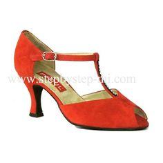 sandalo semiaperto in camoscio rosso con strass sul Tbar, suola in bufalo, tacco 70  #stepbystep #ballo #salsa #tango #kizomba #bachata #scarpedaballo #danceshoes #cute #design #fashion #shopping #shoppingonline #glamour #glam #picoftheday #shoe #style #instagood #instashoes #sandals #sandali #strass #rhinestone #instaheels #stepbystepshoes #cute #salsaon2 #red #rosso