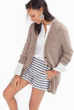 Brown and blue outfit idea (also try with navy/white stripe pants)