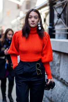 Phenomenal 101 Best Winter and Fall Street Style Inspiration https://fancytecture.com/2017/05/07/101-best-winter-fall-street-style-inspiration/ Girls are extremely competitive!' Regardless of whether you're a 6 feet tall girl or you fall in the class of petite ladies, this is essential have clothing for all