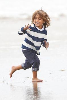 Kourtney Kardashian – Sunday Beach Day! | Kourtney Kardashian