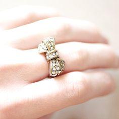 Vintage Gold Rhinestone Bow Ring - Costume Jewelry