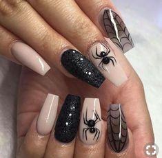 Halloween Nail Designs Halloween nail art designs - Cool Halloween nails for 2018 Ongles Gel Halloween, Cute Halloween Nails, Halloween Nail Designs, Halloween Ideas, Trendy Halloween, Halloween Party, Halloween Spider, Halloween Coffin, Holloween Nails